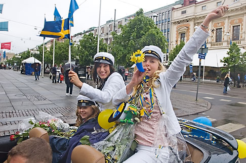 image 5-700-2151 Sweden, Goteborg, Celebration of High School Graduation