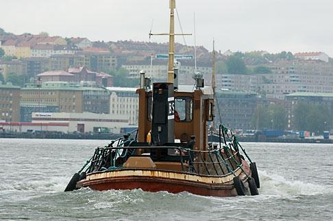 image 5-700-4881 Sweden, Goteborg, Goteborg Harbor, Tugboat
