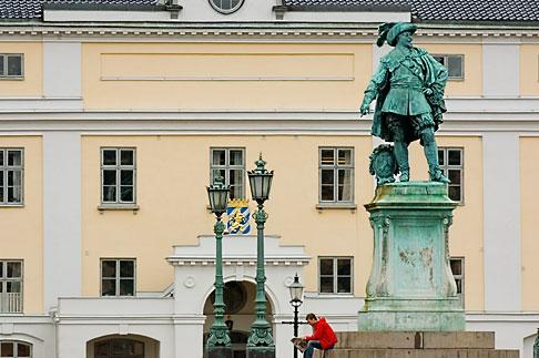 image 5-700-4939 Sweden, Goteborg, Statue of King Gustav Adolf