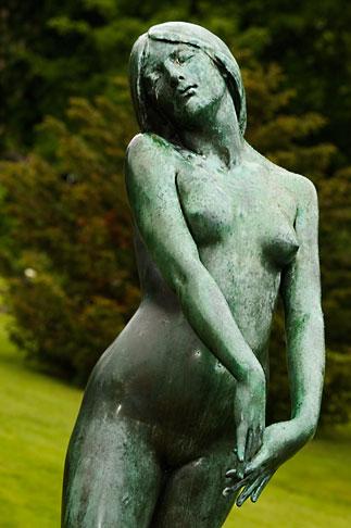 image 5-700-5015 Sweden, Goteborg, Statue