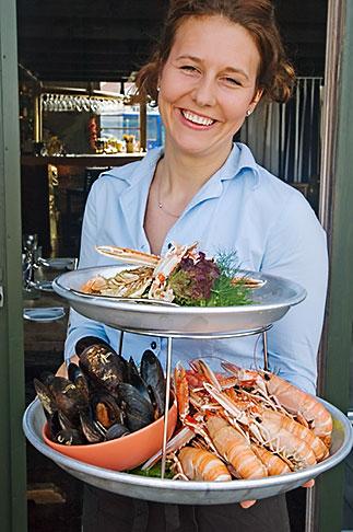 image 5-710-2515 Sweden, West Sweden, Seafood platter