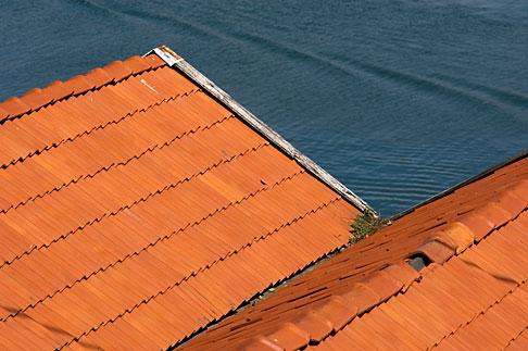 image 5-710-5784 Sweden, West Sweden, Red rooftops