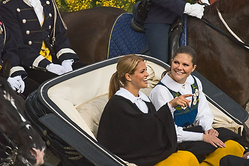 image 5-720-2787 Sweden, Stockholm, Princess Victoria and Princess Madeleine