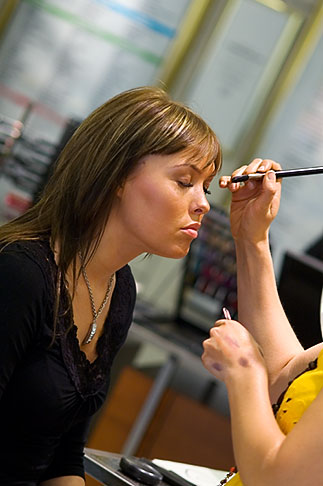 image 5-720-3982 Sweden, Stockholm, Woman getting Beauty Makeup
