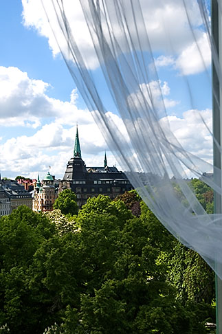 image 5-720-4288 Sweden, Stockholm, Humlegarden, from window of Lydmar Hotel