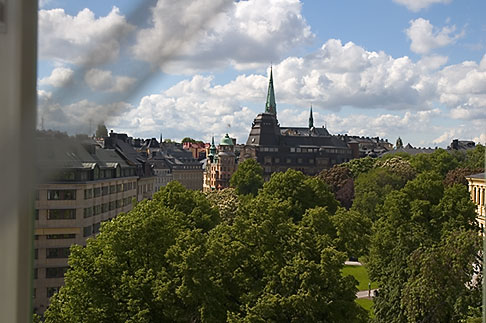 image 5-720-4301 Sweden, Stockholm, Humlegarden, from window of Lydmar Hotel