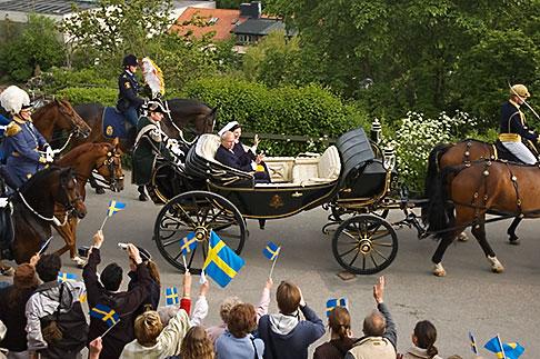 image 5-720-5945 Sweden, Stockholm, King Carl Gustaf XVI and Queen Silvia at Skansen