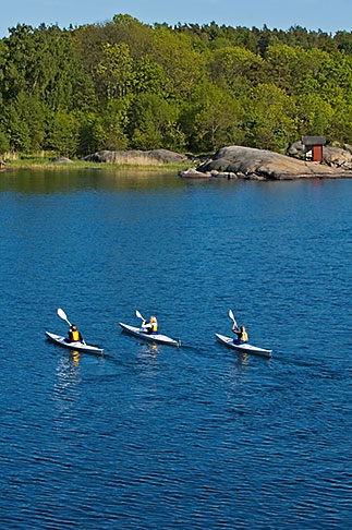 image 5-730-3701 Sweden, Grinda Island, Kayaking