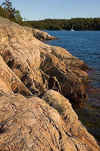 image 5-730-6473 Sweden, Grinda Island, Rocky shoreline