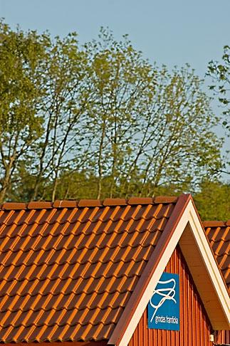 image 5-730-6546 Sweden, Grinda Island, Red boathouse