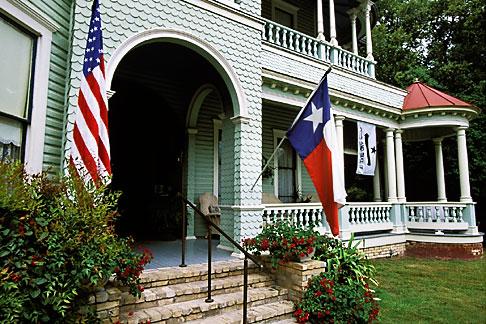 image 1-710-13 Texas, Gonzales, Houston House, 1895