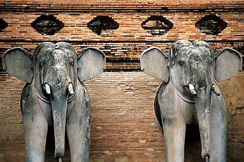 image 0-362-34 Thailand, Chiang Mai, Wat Chedi Luong