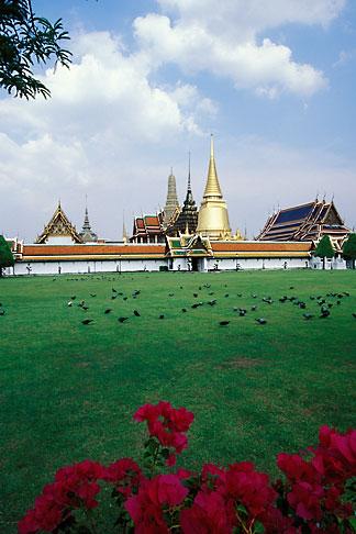 image 4-196-80 Thailand, Bangkok, Front Court with Wat Pra Keo