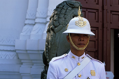 image S3-101-5 Thailand, Bangkok, Guard, Grand Palace