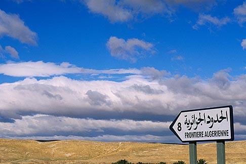 image 3-1100-44 Tunisia, Algerian frontier