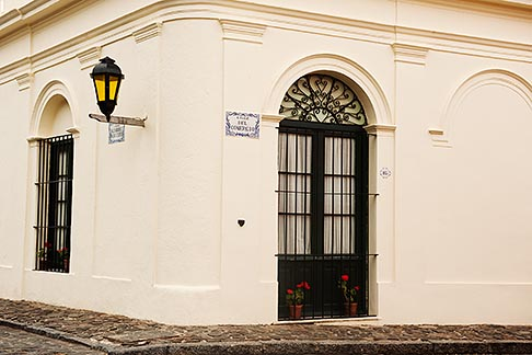 image 8-802-4442 Uruguay, Colonia del Sacramento, Historic Quarter