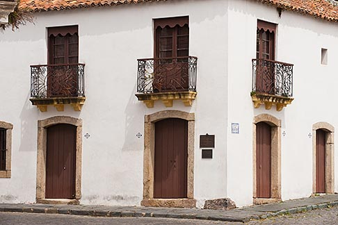 image 8-803-4680 Uruguay, Colonia del Sacramento, Balconies, street corner, Historic District