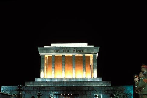 image S3-194-11 Vietnam, Hanoi, Ho Chi Minh Mausoleum
