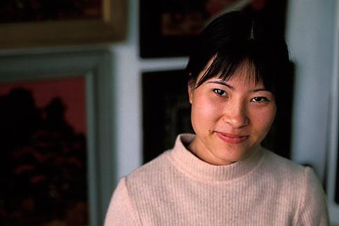 image S3-195-1 Vietnam, Hanoi, Young Lady