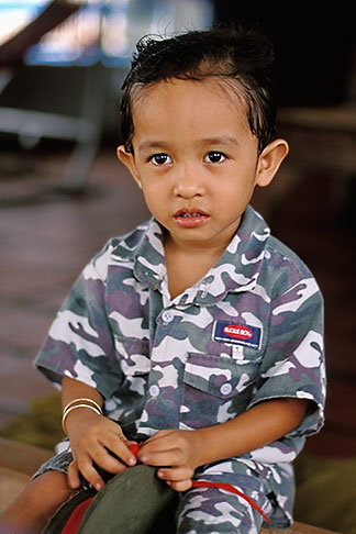 image S3-196-5 Vietnam, Mekong Delta, Young boy