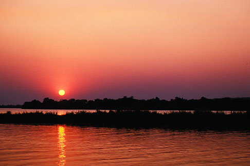 image 7-399-30 Zimbabwe, Zambezi National Park, Sunset, Zambezi River