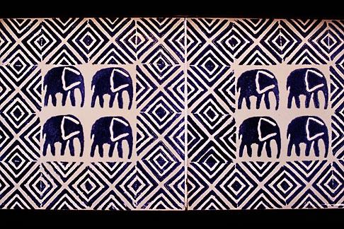 image 7-403-6 African Art, Elephant pattern tiles